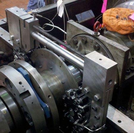 Industrial hydraulic brake for fluid drives
